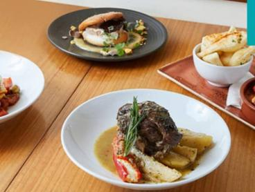 Award-Winning Three-Course Dinner with Wine in Ferntree Gully