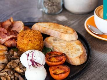 Brekkie or Lunch with a Drink at One of West End's Hottest Cafes