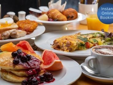 AYCE Buffet Breakfast + Drinks for 1 ($25), 2 ($49), 4 ($89), 6 ($133.50) or 8 ($178), Relish Grill & Bar, Crowne Plaza