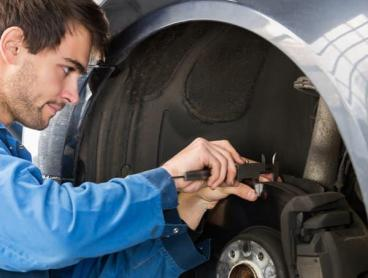 Professional Car Service Packages in Mitchell or Braddon