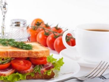 Breakfast or Lunch + Large Tea or Coffee: 1 ($10), 2 ($19) or 4 People ($38) at Sis N Me Cafe (Up to $76.40 Value)