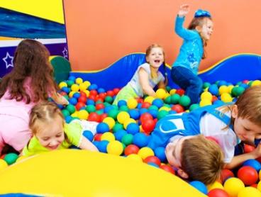 Play Centre Entry for Adult and Child - Weekdays ($5) or Saturday ($7) at Shiny Star Play Centre (Up to $21.90 Value)