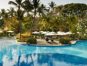 Ultimate All-Inclusive Indulgence with Complimentary 24-Hour Room Service
