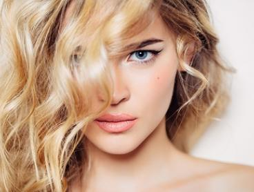 Cut, Wash, Blow-Dry & Treatment ($39) + Half- ($69) or Full-Head Foils ($89) at Soori Hair and Beauty (Up to $178 Value)